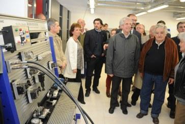 Se inauguró en Fray Bentos la primera sede regional de la Universidad Tecnológica (UTEC)