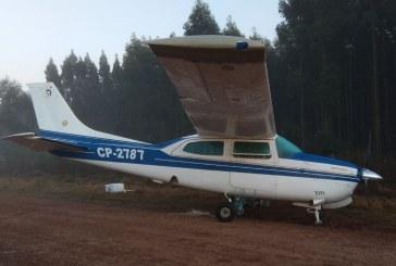 Apareció esta madrugada una avioneta abandonada en un camino vecinal